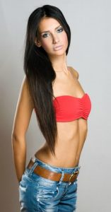 skinny woman with small breasts
