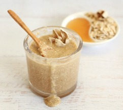 honey and oat for facial waxing
