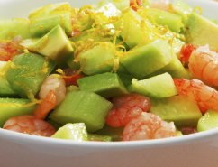 avocado-salad-with-shrimps